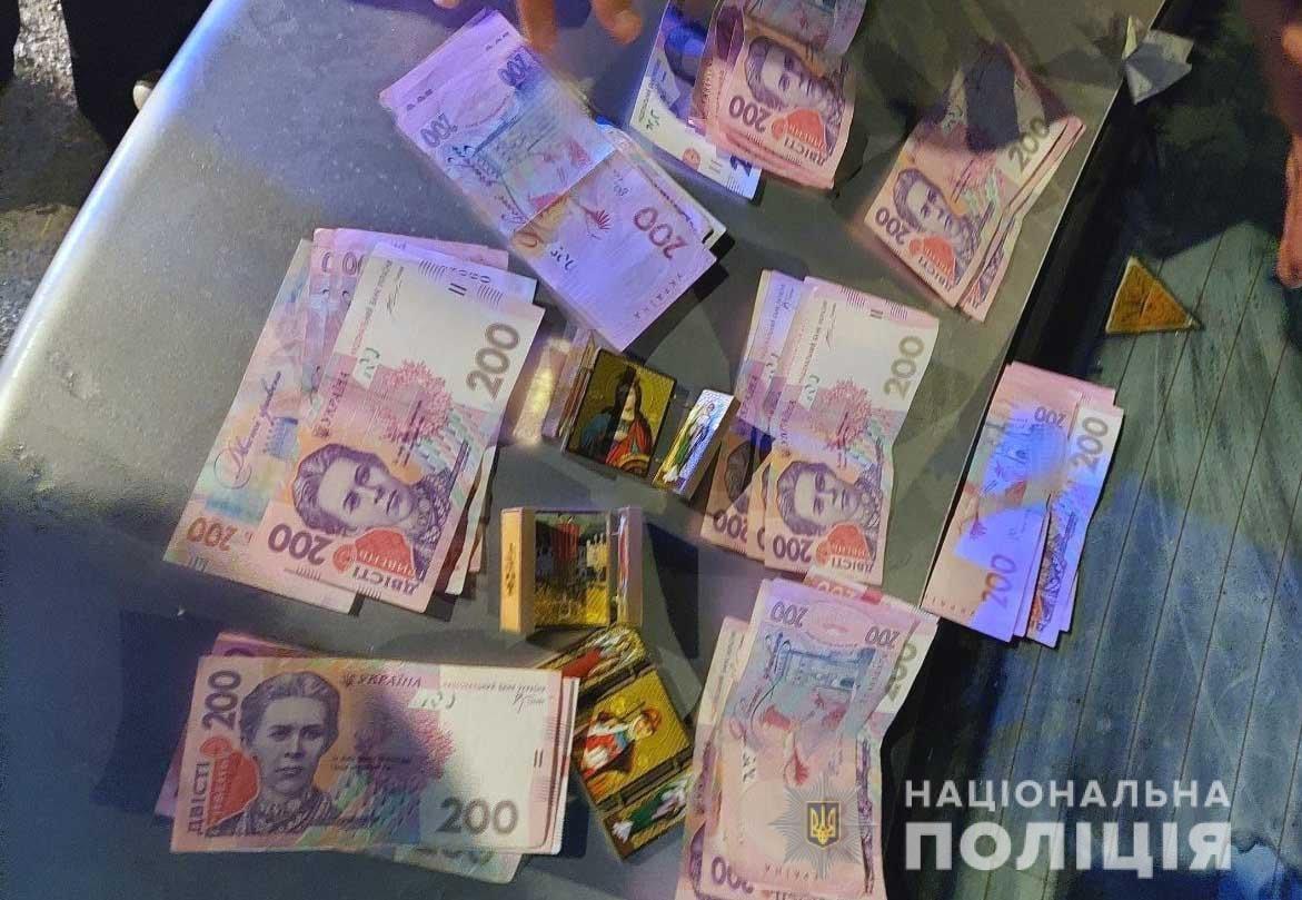 Житель Донеччини на Рівненщині ошукав двох місцевих жителів на кілька тисяч гривень, фото-2