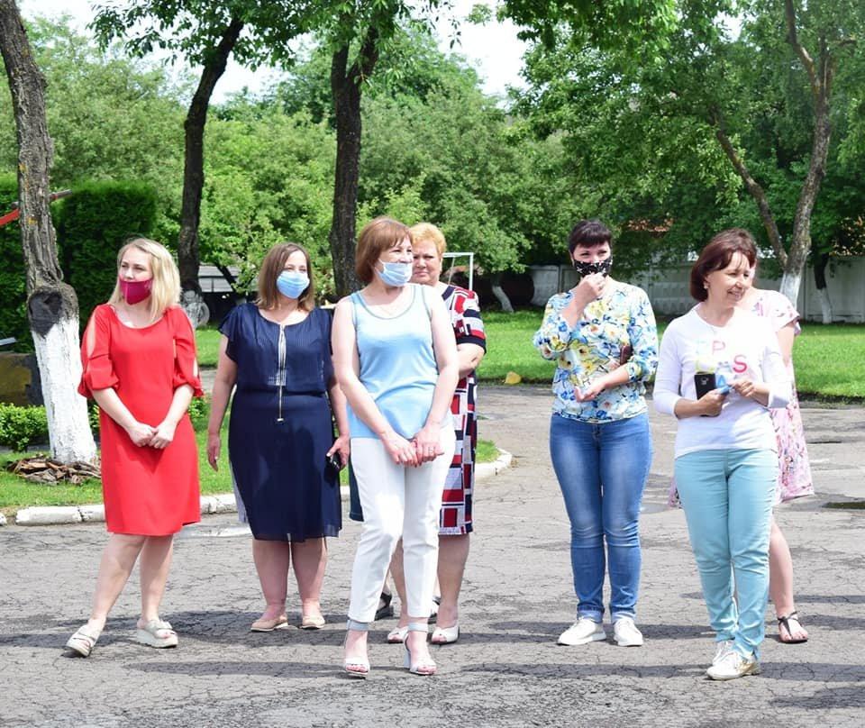 Хліб, сіль та обійми рідних: рівненський загін рятувальників повернувся з Донбасу, фото-5