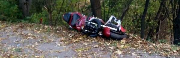 Мотоцикліст, який загинув у ДТП в Рівному, не мав права сідати за кермо