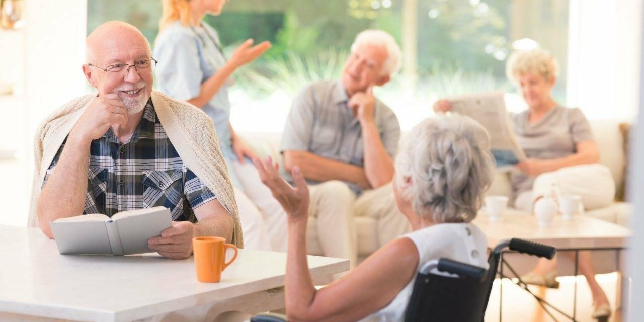 Що таке хоспіс, будинок для людей похилого віку та приватний пансіонат?